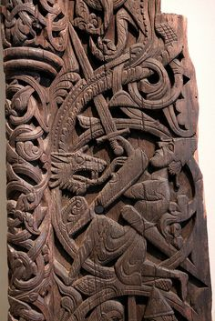 Wood carvings of the Saga of the Volsungs: The Norse Epic of Sigurd the Dragon Slayer from the portal of Hylestad stave church, Setesdal, Norway, century Viking Dragon, Viking Art, Viking Life, Medieval Life, Viking Helmet, Viking Warrior, Vikings, Germanic Tribes, Old Norse
