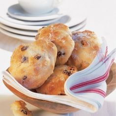 Piece Of Bread, Sweet Cakes, Raisin, Sweet Tooth, Muffin, Food And Drink, Cooking Recipes, Tasty, Sweets