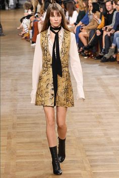 Chloé - Fall 2015 Ready-to-Wear - Reptile Mini with Blouse Collar & Sleeve Detail - Look 31 of 44 *TREND*
