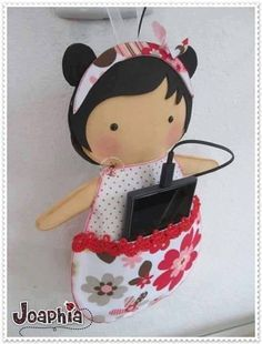 VK is the largest European social network with more than 100 million active users. Felt Crafts, Diy And Crafts, Arts And Crafts, Sewing Crafts, Sewing Projects, Projects To Try, Felt Phone Cases, Pochette Diy, Tilda Toy