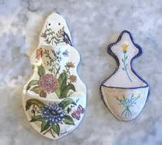 2x casa de muñecas en miniatura de patrón de corazón Cerámica jarras de agua