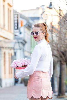 Flower Boxes, Tulle, Mini Skirts, Fashion, Window Boxes, Moda, Fashion Styles, Planter Boxes, Tutu