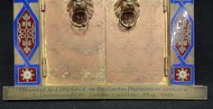 Liberace - Objets Personnels - Cadre Photo - Bronze - Offert par le 'London Philharmonic Orchestra' pour son Concert à Londres en 1983