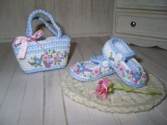 Dianna-Effner-Little-Darling-shoes-and-bag-crochet-and-embroidered-with-roses