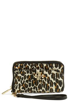 Fierce leopard print! Love this smartphone wristlet.