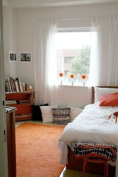 Keeping your dorm bright really lets you feel fresh and clear minded when you wake up for a big day
