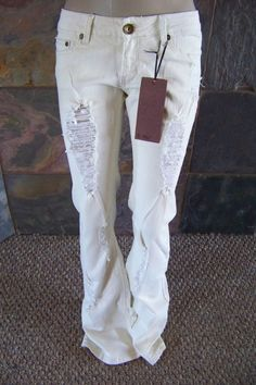 NWT D-Fuz off white distressed destroyed boot cut jeans junior size 7 #dfuz #BootCut