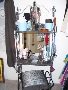 bakers rack turned into make-up table - omg i am using my bakers rack for this! <3 pinterest