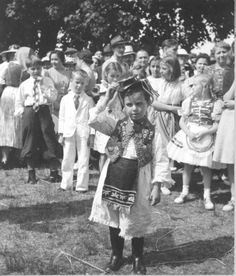 "Hungarian picnic, 1938  Albok, John (photographer); New York Children's Charitable Association for Hungarian Children; 1938  Hungarian Americans, Cultural activities  The ""Bugac Puszta"" was a one week charity camp established on a farm in Dayton, New Jersey in the 1930s by the New York Children's Charitable Association for Hungarian children from New York City."