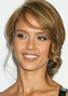 Google Image Result for http://www.hairs-style.com/wp-content/uploads/2010/11/wedding-hairstyles-updos8.jpg