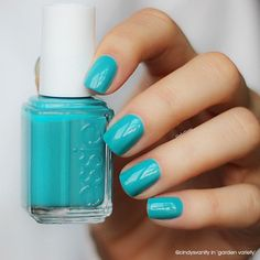 #manimonday just got a lot brighter with @cindysvanity in 'garden variety'