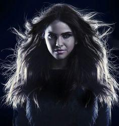 "The Secret Circle Shelley Hennig as ""Diana Meade"" Lydia Teen Wolf, Teen Wolf Scott, Teen Wolf Actors, Teen Wolf Memes, Tenn Wolf, Panromantic Demisexual, Dramas, Chris Zylka, Book Cover Background"