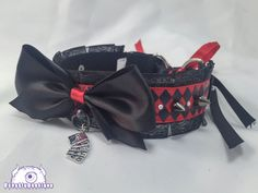 This listing is for a Harlequin Jester collar. Each collar is hand made to your specifications. This listing is for a pre-order meaning that these collars are not premade. Collar comes with two d-ring and ribbon closure, rhinestone embellishments and hand sewn detailing. You can also add a costume upgrade of a ball-ring and bell for a small additional charge. PLEASE NOTE YOUR NECK SIZE IN THE ORDER. If you fail to do so, we will send you a standard 12.5 collar. It fits 12.5 up to 17 neck…