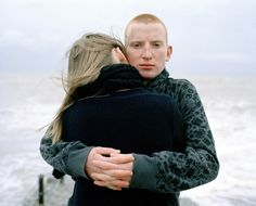 Laura Pannack's Young Love is a series about the vulnerability of adolescence. Color Photography, Film Photography, Amazing Photography, Teenage Love Photography, Photography Tutorials, World Press Photo, British Journal Of Photography, Beach Portraits, Outdoor Portraits
