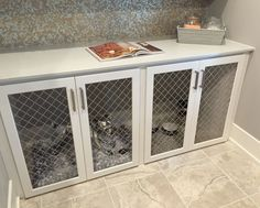 Under-counter dog cage / crate