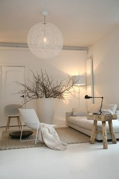 Ambiance écolo-chic, salon blanc, beige et bois | ecolo-chic living room, White and Wood | Winkel interieur Ante Quercus