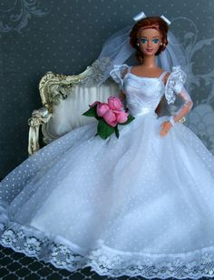 Our goal is to keep old friends, ex-classmates, neighbors and colleagues in touch. Barbie Bridal, Barbie Wedding Dress, Barbie Gowns, Barbie Dress, Wedding Dresses, Vintage Barbie Clothes, Doll Clothes, Pretty White Dresses, Barbie Sewing Patterns