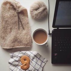 Second (big) coffee of the day. The knitting patiently waiting for a break in writing. The light of an overcast morning shyly coming through the window. A sweet treat. It could hardly get better. Happy Thursday dears.  #findyourcozy by loareknits