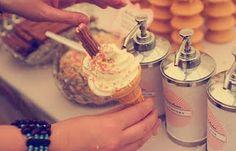 ice cream bar @ wedding reception - elizabeth