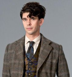 Ben Whishaw, cloud atlas. Apparently I am into people while they are in character today. Interesting.