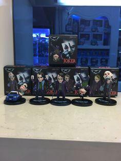 batman begins dark knight Heath Ledger Iconic Joker portrayal Joker bundle figure set collectors Super deformed