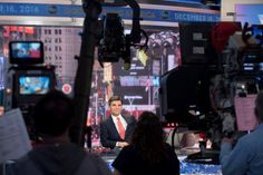 George Stephanopoulos and the Line Between News and Entertainment - NYTimes.com