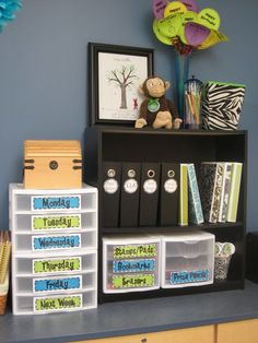 """""""Teacher bookshelf"""" Drawers and binders--awesome! The Creative Chalkboard: Classroom Tour Pictures Galore!"""
