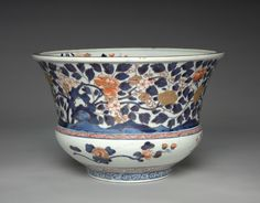 Vase (Imari ware), c 1700s- 1800s Japan, Arita, Imari ware, 18th- 19th century underglaze blue with overglaze red porcelain, Diameter: 24.13 x 36.83 cm (9 1/2 x 14 1/2 inches). Japan / Japanese Antiques / Japanese Art : More At FOSTERGINGER @ Pinterest️