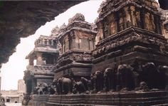 99 WOW: Is it Iram of the Pillars?هل هي إرم ذات العماد؟ Iram Of The Pillars, Ajanta Ellora, What Happened To Us, Train Travel, Historical Sites, Photos, Pictures, Places To Visit, Louvre