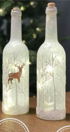 Glass Bottle Crafts, Wine Bottle Art, Painted Wine Bottles, Lighted Wine Bottles, Diy Bottle, Painted Wine Glasses, Christmas Wine Bottles, Bottle Painting, Christmas Crafts For Kids