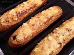 Hot Dog Buns, Hot Dogs, Baguette Sandwich, Bruschetta, Sandwiches, Hamburger, Buffet, Bread, Snacks