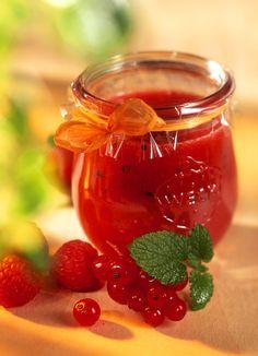 Erdbeer-Zitronen-Konfitüre - smarter - Zeit: 30 Min.   eatsmarter.de