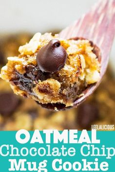 Cravings cookies? This Oatmeal Chocolate Chip Mug Cookie is made in the microwave and can be ready in less than 5 minutes! #mugcookie #cookieinamug #chocolatechipcookie #dessertforone #dessert #treat #oatmeal #healthy #chocolatechip Microwave Chocolate Chip Cookie, Oatmeal Chocolate Chip Cookies, Chocolate Chip Recipes, Dark Chocolate Chips, Chocolate Fudge, Mug Cookie Recipes, Cookie In A Mug, Mug Recipes, Keto Cookies
