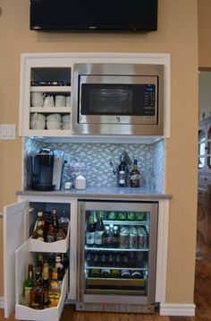 34 Interesting Diy Mini Coffee Bar Design Ideas For Your Home. If you are looking for Diy Mini Coffee Bar Design Ideas For Your Home, You come to the right place. Here are the Diy Mini Coffee Bar Des. Coffee Bar Design, Coffee Bar Home, Coffee Bar Built In, Wine And Coffee Bar, Coffee Nook, Home Wine Bar, Coffee Bars, Coffee Bar Ideas, Coffee Tables