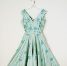 so lovely. so absolutely lovely. #mint #vintage #dress