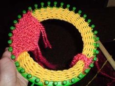 How to make a hat with ear flaps on a round knitting loom