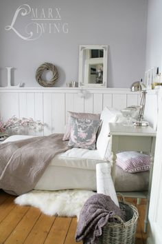 Everything in white. will do this for springtime Decoracion Habitacion Ideas, Home And Deco, Home Bedroom, Home Interior Design, Home And Living, Home Furniture, Sweet Home, Home Decor, Daybed