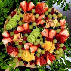 . Another big platter of fruit for us @whatsonmyplate_luz