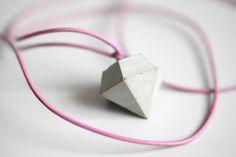 Roh-Diamant Kette von Oh Beton!  auf DaWanda.com