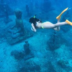 Off the coast of Nusa Lembongan, Bali, you can find a secret underwater 'temple garden'