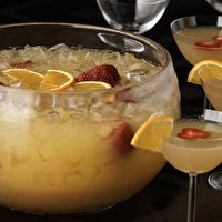 Mimosa Punch by Claudia Pedraza, may have to check this out for bridal party luncheon in Oct