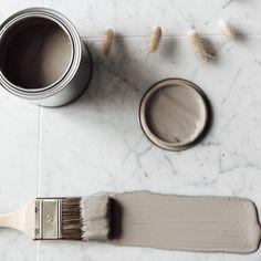 """Villa Sparflo on Instagram: """"Att ändra sig. Såg precis att @villatjader lagt upp om att de börjar tvivla på sina val och tro mig när jag säger att man hinner både…"""" Pine Wood Flooring, Tro, Stainless Sink, Wide Plank, Fabric Painting, Home Renovation, Colour, Instagram, Color"""