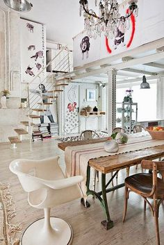 Love EVERYTHING about this loft!!!!!!!