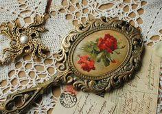 Зеркала ручной работы. Ярмарка Мастеров - ручная работа. Купить Зеркало Красные розы Подарок девушке. Handmade. Зеркало, цветы