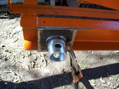Home-Built Portable Chainsaw Mill Homemade Chainsaw Mill, Homemade Bandsaw Mill, Portable Chainsaw Mill, Portable Saw Mill, Diy Projects Plans, Metal Projects, Easy Woodworking Projects, Welding Projects, Chainsaw Mill Plans