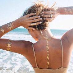 Tatuagens que imitam bijuterias! Tendência do verao