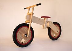 Balance bicycle handcrafted made of wood. Adjustable seat. There are several options and may be customized for color and personalize it to your child name. We will process your order in 5 to 7 days and ship.
