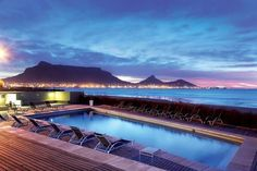 Looking for best hotels deal in Cape Town South Africa? Find the best hotels in Cape Town including luxury hotels, boutique hotels, and budget hotels at the best prices. Beach Hotels, Hotels And Resorts, Budget Hotels, Luxury Hotels, Blue Lagoon Beach, Cape Town Hotels, V&a Waterfront, Le Cap, Best Spa