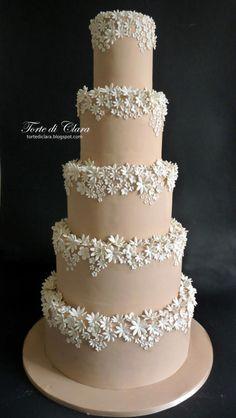 Wedding cake by Clara - http://cakesdecor.com/cakes/262446-wedding-cake