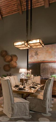 #diningroom tables, chairs, chandeliers, pendant light, ceiling design, wallpaper, mirrors, window treatments, flooring, #interiordesign banquette dining, breakfast table, round dining table, #decorating